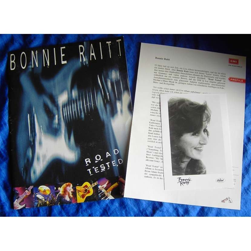 Bonnie Raitt Road Tested- Original Pressfolder