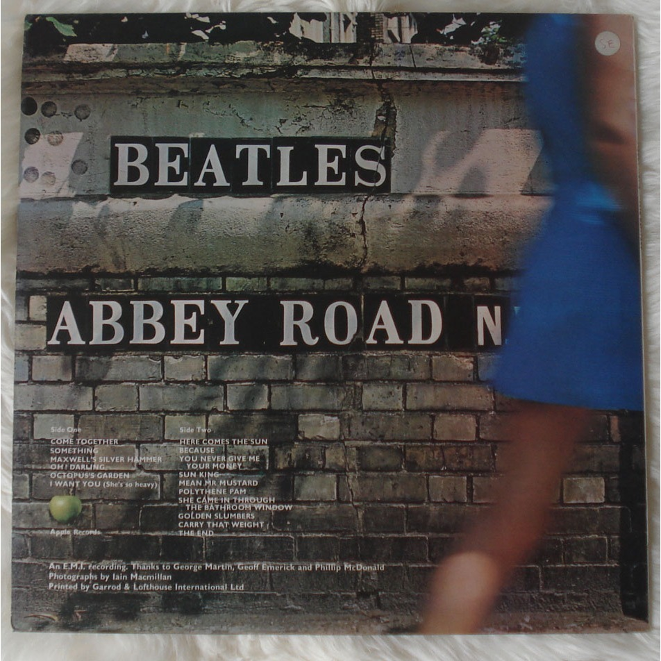 BEATLES Abbey Road (U.K. Original No Her Majesty credited on back sleeve )