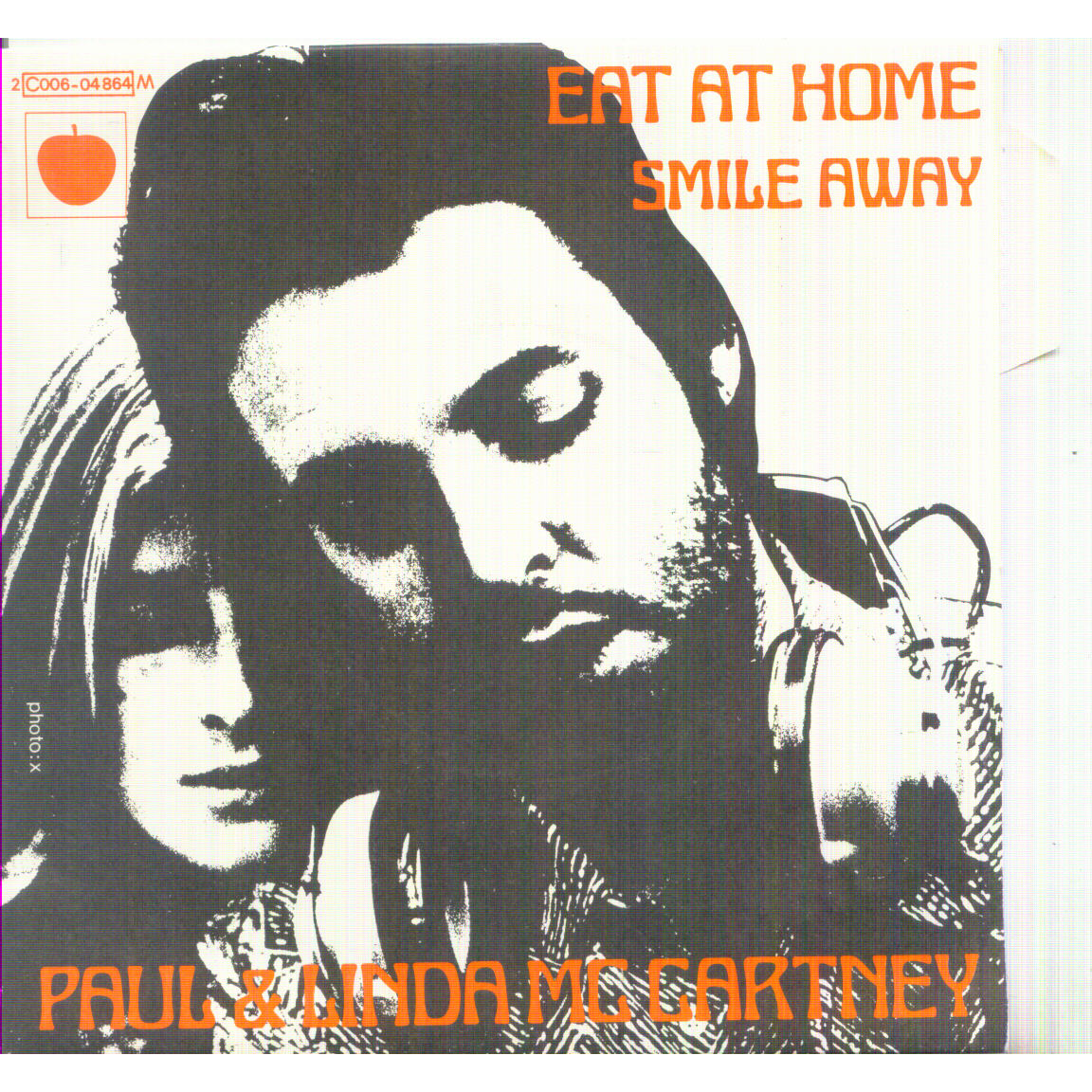 PAUL & LINDA MCCARTNEY EAT AT HOME / SMILE AWAY