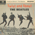 THE BEATLES - TWIST AND SHOUT/A TASTE OF HONEY/DO YOU WANT TO KNOW A SECRET/THERE'S A PLACE - 45T (EP 4 titres)